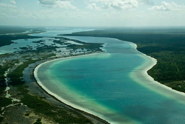 11 Reasons To Visit Lake Bacalar Next Time You're In Mexico |Lake Bacalar Mexico