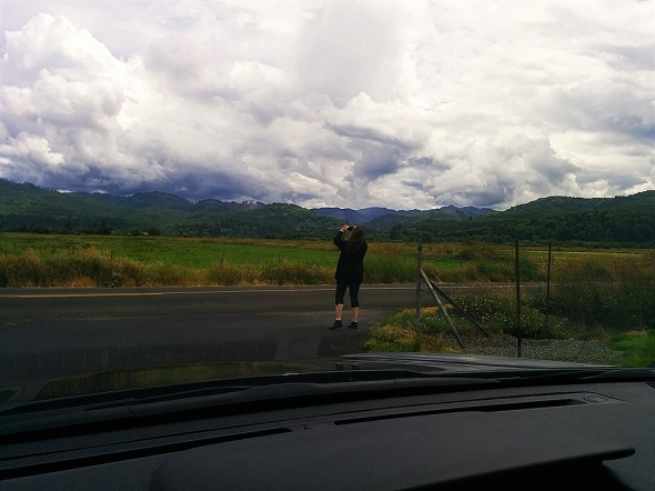 Ns sneaked picture of M taking the picture of clouds
